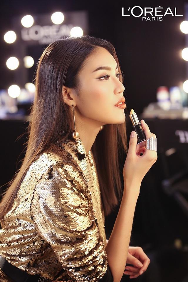 Lan Khuê và các thí sinh The Face đẹp lung linh với tông màu ánh kim Gold & Metallic - Ảnh 2.