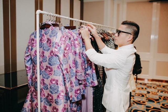 NTK Adrian Anh Tuấn: Galaxy S8 màu tím khói là nguồn cảm hứng giúp tôi sáng tạo trong thời trang - Ảnh 12.