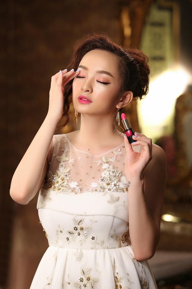 """Thoát khỏi hình ảnh """"chưa mười tám"""", Kaity Nguyễn biến hóa đa dạng với 6 phong cách trang điểm mới - Ảnh 8."""