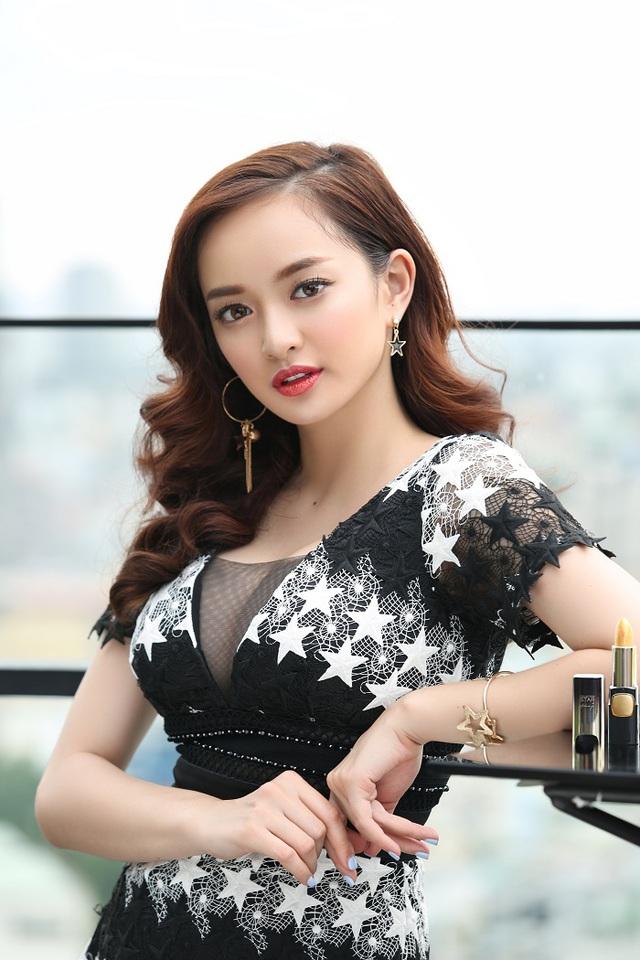 """Thoát khỏi hình ảnh """"chưa mười tám"""", Kaity Nguyễn biến hóa đa dạng với 6 phong cách trang điểm mới - Ảnh 12."""