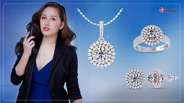 Hoa hậu Mai Phương Thúy tái xuất đầy cuốn hút trong BST trang sức mới - Ảnh 1.