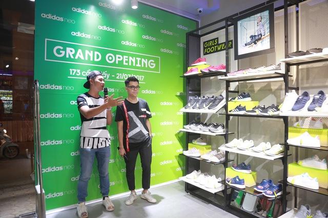 Tín đồ thời trang Việt check in rần rần tại cửa hàng mới nhất của adidas NEO - Ảnh 4.