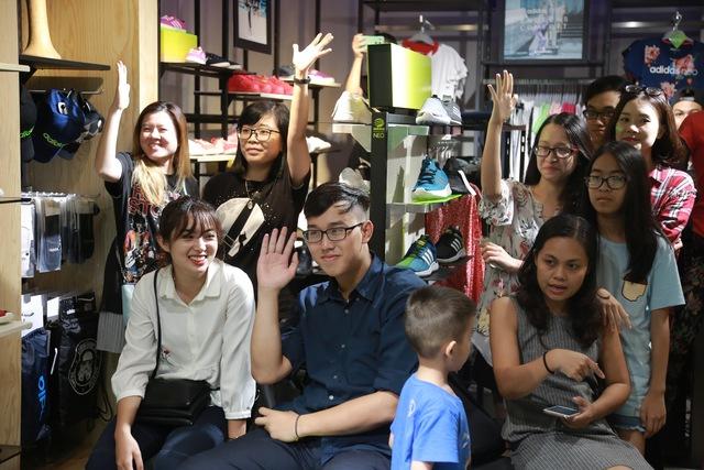Tín đồ thời trang Việt check in rần rần tại cửa hàng mới nhất của adidas NEO - Ảnh 5.