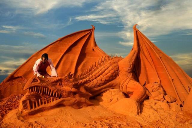 Ngỡ ngàng trước những biến hóa tuyệt diệu của cát đỏ Phan Thiết - Ảnh 4.
