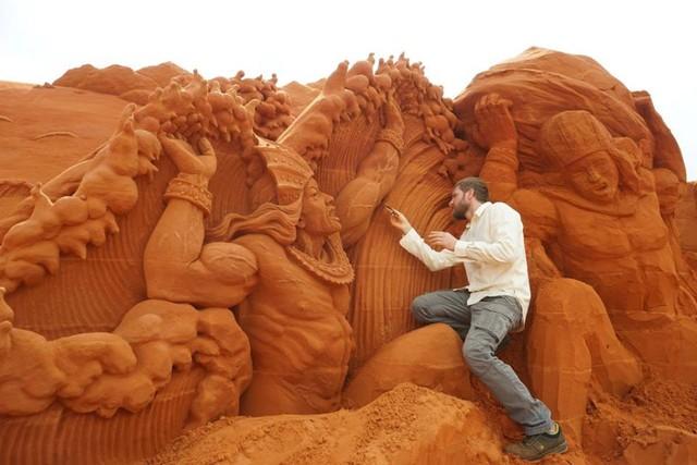 Ngỡ ngàng trước những biến hóa tuyệt diệu của cát đỏ Phan Thiết - Ảnh 6.