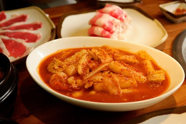 Điểm danh những món ăn Hàn càng ăn càng mê, càng ăn càng không thể chối từ - Ảnh 4.