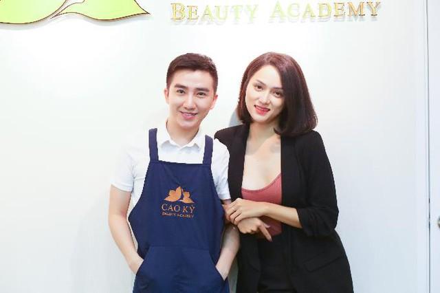 Hương Giang Idol điêu khắc lông mày mong đổi vận - Ảnh 1.