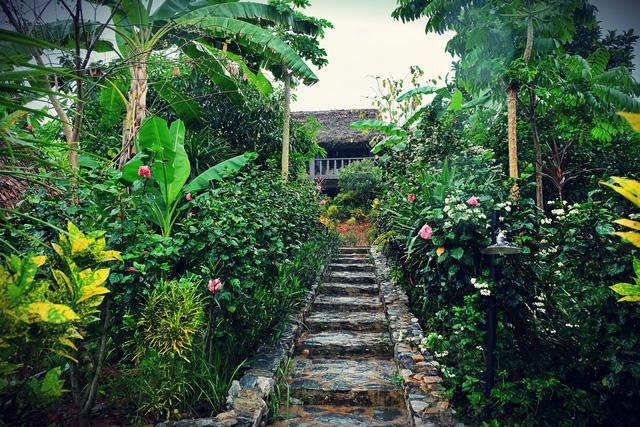 """Vẻ đẹp độc đáo tại """"Ngôi làng cổ"""" người Thái - Ảnh 4."""