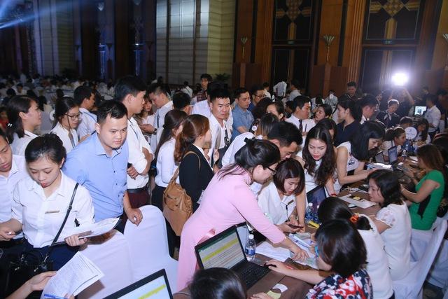 Sau thành công của buổi ra mắt dự án tại Hà Nội với gần 300 căn hộ đã nhanh chóng được đặt cọc, BIM Group dự kiến sẽ tổ chức lễ ra mắt dự án tiếp theo tại Quảng Ninh trong thời gian tới.
