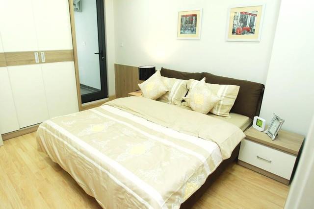 Tối đa hóa không gian để đưa được ánh sáng môi trường xung quanh vào trong từng căn hộ chung cư.