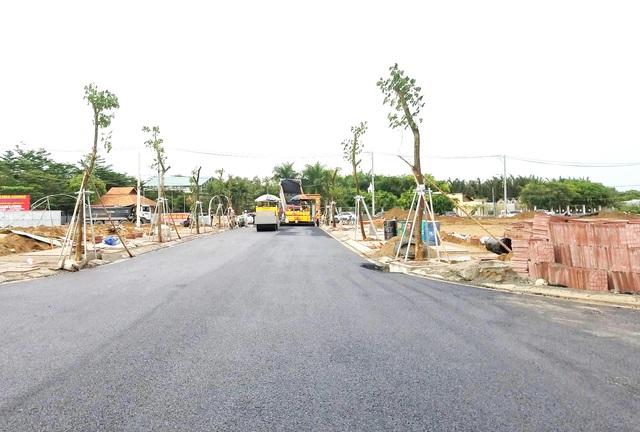 Hạ tầng của Singa City đang được thi công rất nhanh, dự kiến sẽ bàn giao nền cho khách hàng sau 4 tháng.