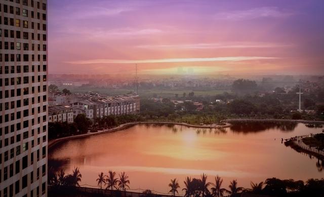 Với Seasons Avenue, cư dân được tận hưởng tầm nhìn ra hồ điều hòa rộng 2.7 ha nằm ngay trong khuôn viên khu đô thị Mỗ Lao, Hà Đông, Hà Nội.