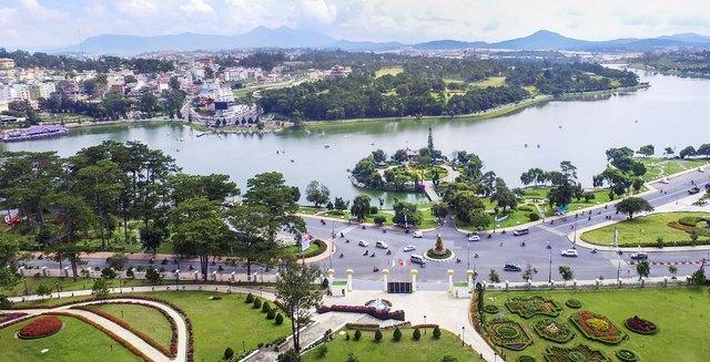 Toàn cảnh trung tâm thành phố Đà Lạt.