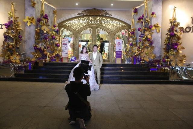 Đây cũng là lựa chọn được nhiều cặp đôi lựa chọn khi chụp ảnh cưới.