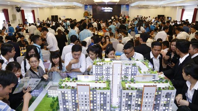 Thị trường địa ốc vùng ven TP.HCM: Ngoài đất nền, thị phần căn hộ cũng hấp dẫn không kém - Ảnh 1.