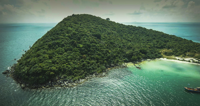 Sun Group ra mắt dự án nghỉ dưỡng Sun Premier Village The Eden Bay - Ảnh 1.