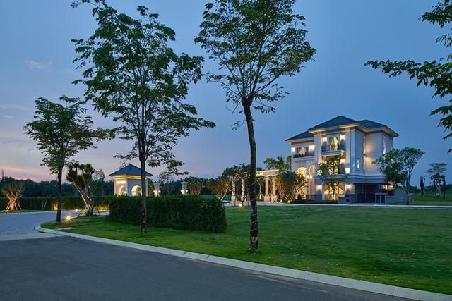 Kiến trúc và tiện ích: Hai thế mạnh nâng tầm villa cấp cao - Ảnh 2.