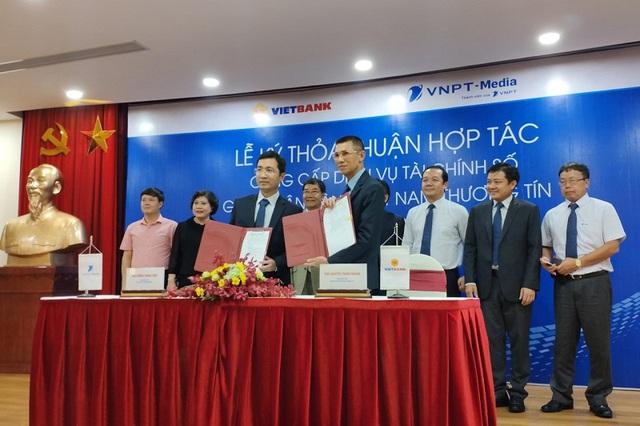 Tổng doanh nghiệp Truyền thông và Vietbank ký kết thỏa thuận hợp tác cung cấp dịch vụ tài chính số - Ảnh 1.