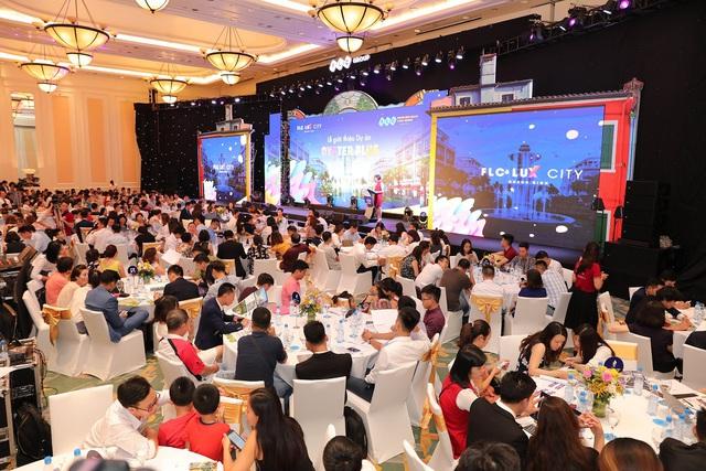 Nhận quà liền tay với sản phẩm đầu tư của FLC Quảng Bình - Ảnh 1.