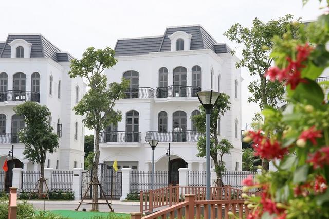 Giới đầu tư quan tâm những căn biệt thự cuối cùng tại Vinhomes Riverside – The Harmony - Ảnh 1.