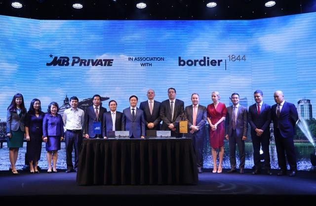 Ngân hàng Quân Đội ký kết thỏa thuận hợp tác chiến lược có Bordier & Cie Singapore - Ảnh 1.