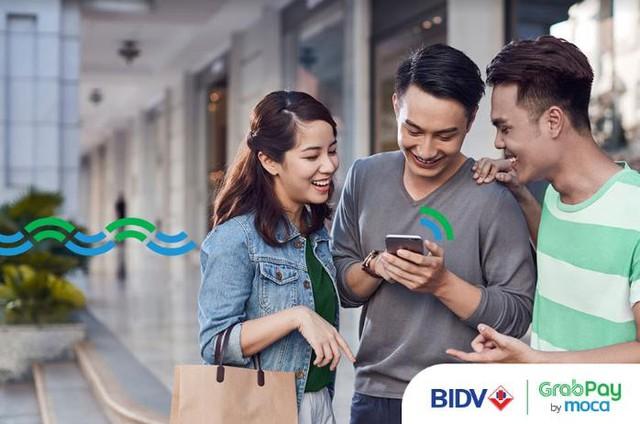 GrabPay by Moca dành tặng chủ thẻ BIDV ưu đãi lên đến 290.000đ - Ảnh 1.