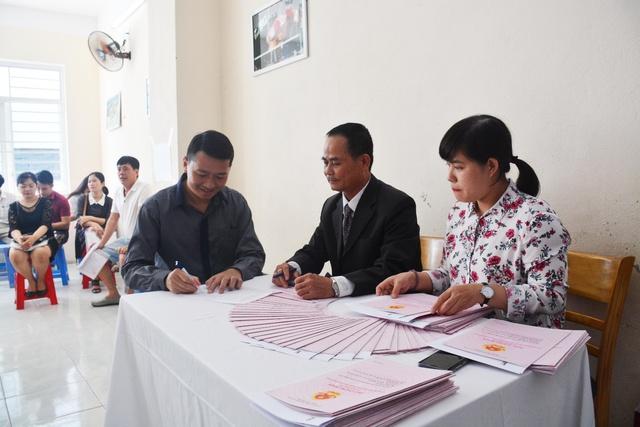 Vicoland tiếp tục bàn giao sổ hồng cho khách hàng tại Đà Nẵng và Huế - Ảnh 2.