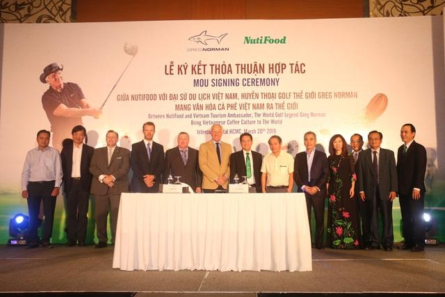 Nutifood hợp tác cùng huyền thoại golf Greg Norman mang văn hóa cà phê Việt ra thế giới - Ảnh 2.