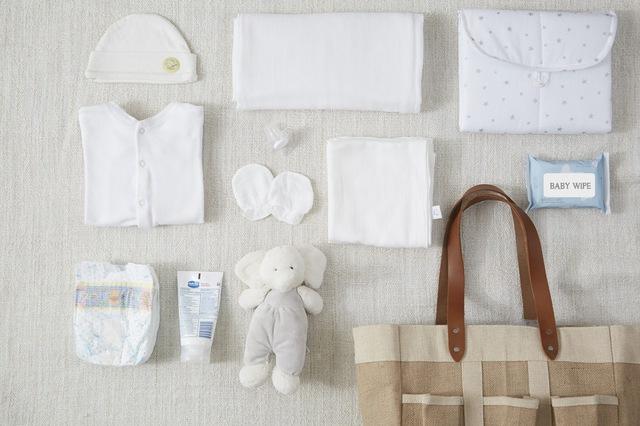 Vì sao các bà mẹ Thái Lan đều chọn khăn đơn sắc cho bé? - Ảnh 2.