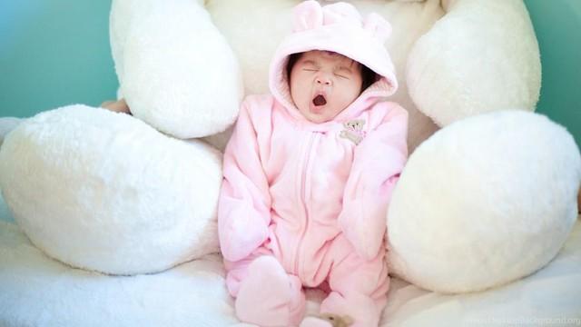Nâng niu giấc ngủ của bé với bộ chăn ga gối Pinkiss dịu nhẹ và thoáng mát - Ảnh 1.