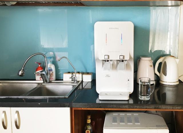 Chi nửa tháng lương mua máy lọc nước cao cấp: đắt có 'xắt ra miếng'? - Ảnh 1.
