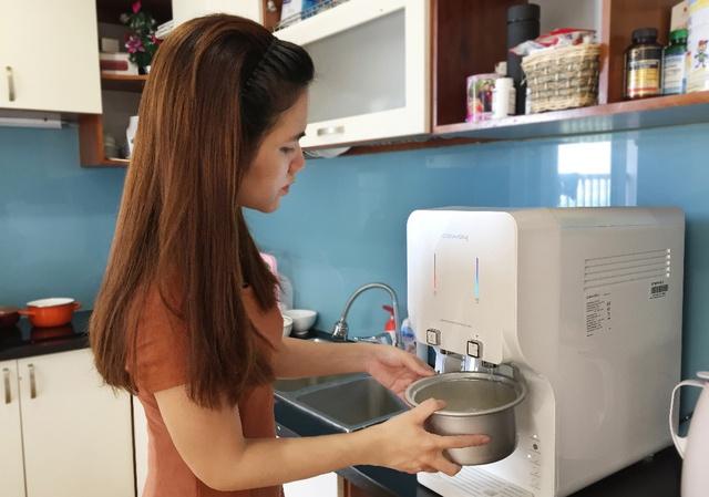 Chi nửa tháng lương mua máy lọc nước cao cấp: đắt có 'xắt ra miếng'? - Ảnh 2.