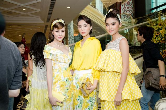 Hoa hậu Sella Trương cùng dàn sao việt dự show của NTK Adrian Anh Tuấn - Ảnh 6.