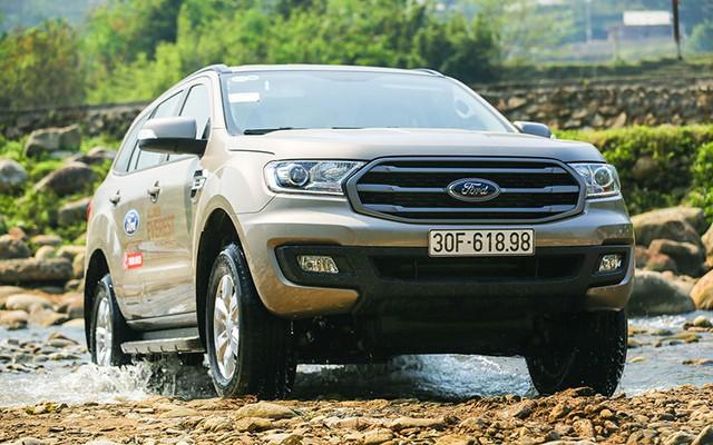 Hai CEO kinh doanh vận tải đánh giá SUV 7 chỗ Ford Everest Ambiente AT - Ảnh 5.
