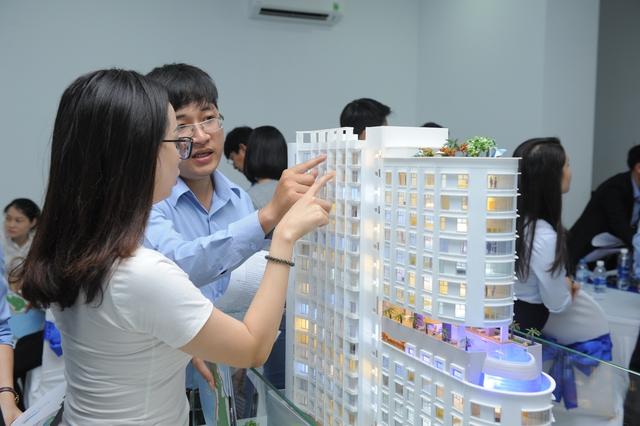Nhiều bạn đã chọn căn để đặt mua ngay ở buổi ra mắt dự án.