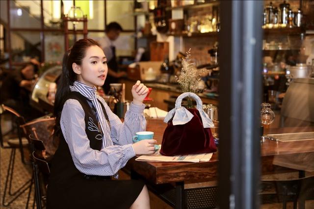 Hội con nhà giàu và những cô nàng sành điệu nhất Sài Gòn mặc gì? - Ảnh 5.