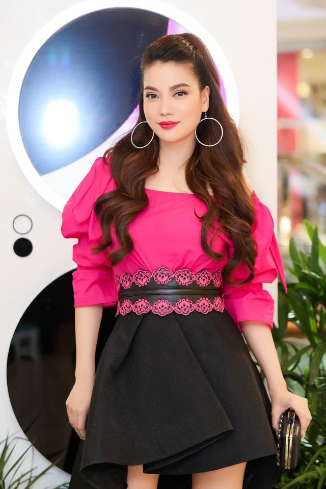 Hội con nhà giàu và những cô nàng sành điệu nhất Sài Gòn mặc gì? - Ảnh 13.