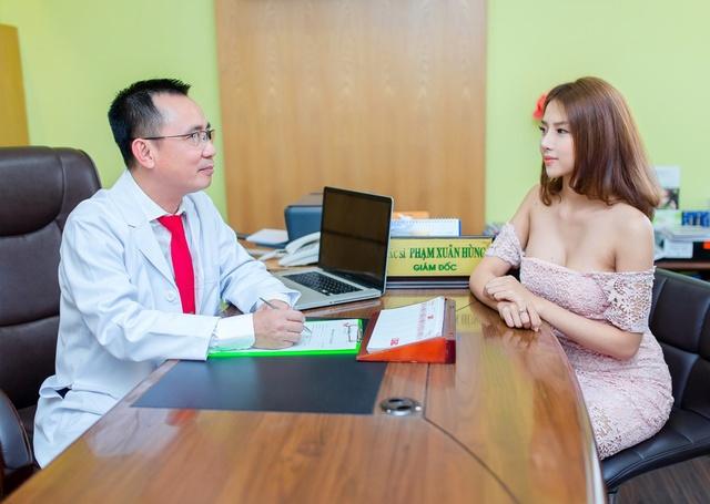 Bác sĩ Phạm Xuân Hùng - Tâm huyết mang vẻ đẹp đến cho tất cả mọi người - Ảnh 1.