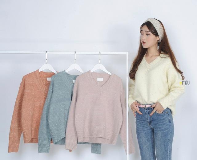 Phối đồ phong cách cho mùa đông từ những item cơ bản: len và nỉ - Ảnh 2.