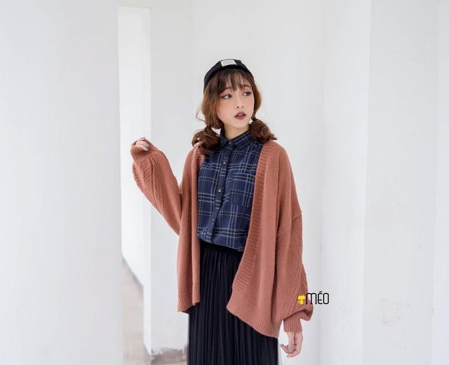 Phối đồ phong cách cho mùa đông từ những item cơ bản: len và nỉ - Ảnh 3.
