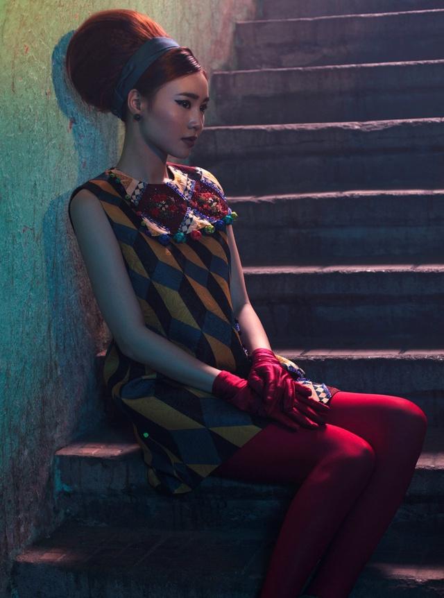 Cặp đôi mỹ nhân Cô ba Sài Gòn đẹp hoài cổ với trang phục của Thuỷ Design House - Ảnh 4.