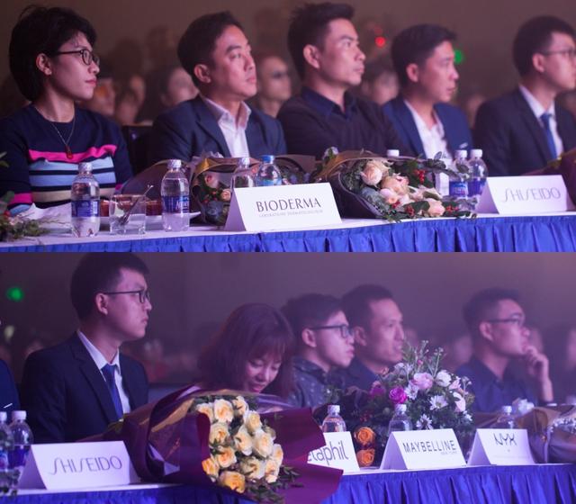 Sơn Tùng khoe loạt đồ hàng hiệu trong sự kiện làm đẹp cả nghìn người tham gia tại Hà Nội - Ảnh 7.