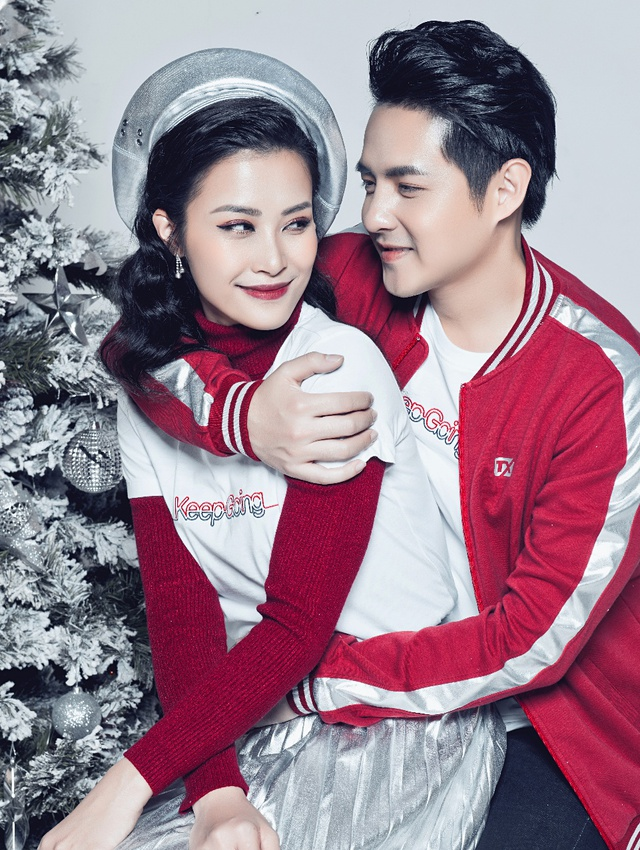 Mặc đồ đôi mùa Giáng sinh đẹp như Đông Nhi – Ông Cao Thắng - Ảnh 4.