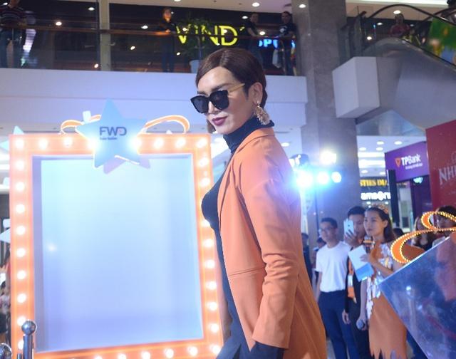BB Trần cùng dàn sao Việt tự tin thả dáng tại Magic Studio - Ảnh 5.