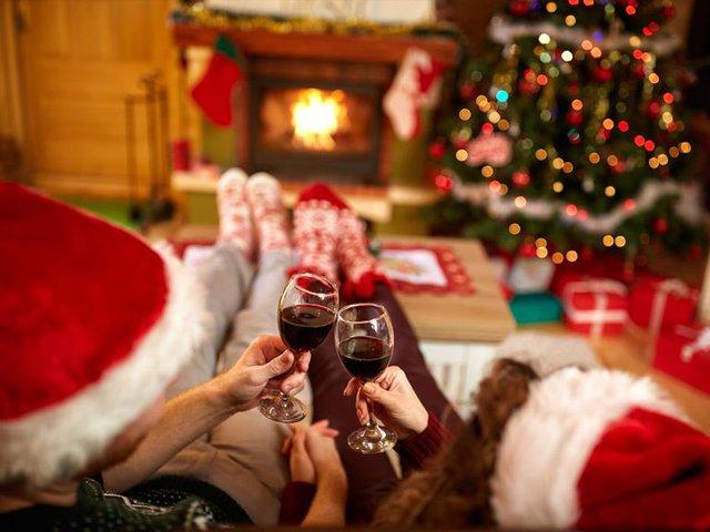 Đi tìm món quà ý nghĩa dành tặng người yêu thương nhân dịp Giáng sinh - Ảnh 2.