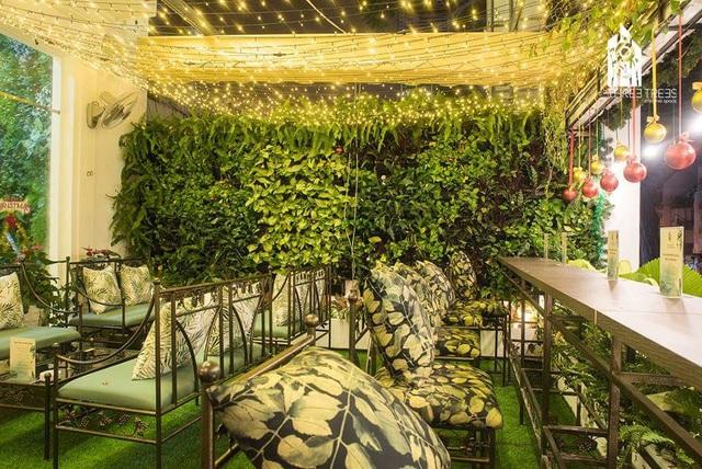 Trải nghiệm không giancafe– Restaurantmang phong cách châu Âusang trọnggiữa lòng Sài Gòn - Ảnh 2.