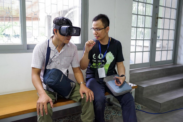 """Xúc động trong buổi tọa đàm """"Công nghệ thu hẹp khoảng cách giữa người khuyết tật và thế giới"""" - Ảnh 30."""