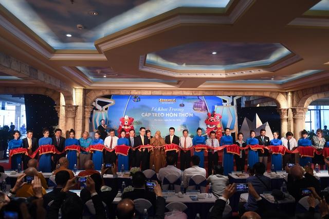 Phú Quốc khai trương cáp treo Hòn Thơm dài nhất thế giới - Ảnh 3.