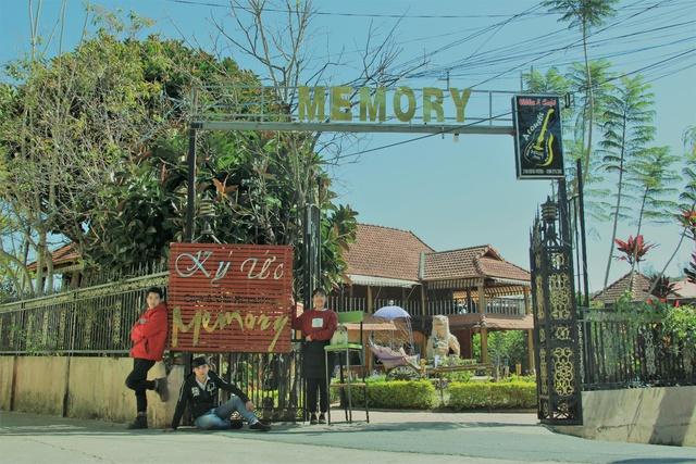 Memory cafe & Villa Đà Lạt đậm chất xưa tuyệt đẹp giữa lòng thành phố hoa - Ảnh 1.