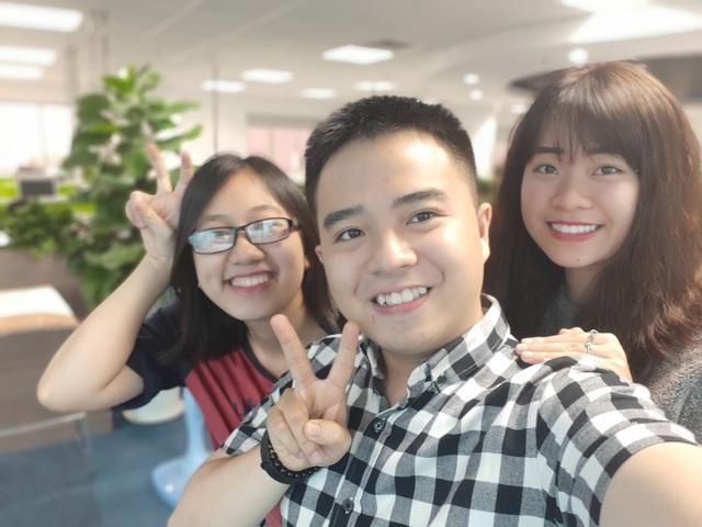 Sự khác nhau giữa camera selfie thường và selfie góc rộng - Ảnh 3.